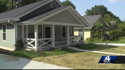 Residents say townhouses not right for their West Greenville neighborhood