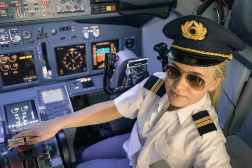 There are hardly any female pilots in the US