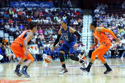 Williams Scores 22 Points As Sun Stay Hot, Beat Lynx 89-75