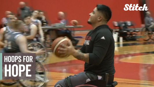 Veteran rediscovers love of sports with college wheelchair basketball team