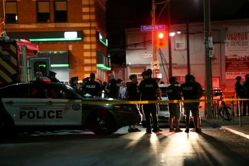 Injuries reported in downtown Toronto shooting, gunman killed