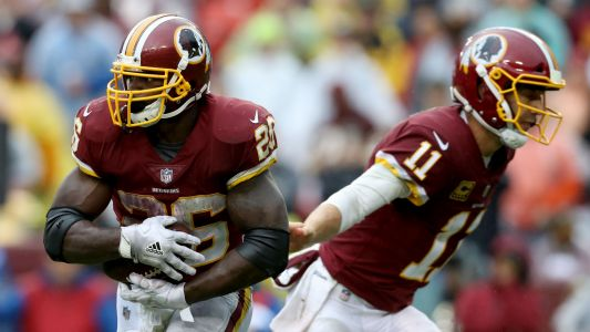 Adrian Peterson injury update: Redskins RB says he dislocated shoulder in first half vs. Saints