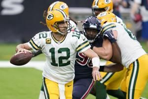 Packers' Rodgers, Adams to challenge young Vikings CBs again