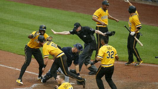 MLB wrap: Pirates secure 5-game sweep of Brewers with walk-off win