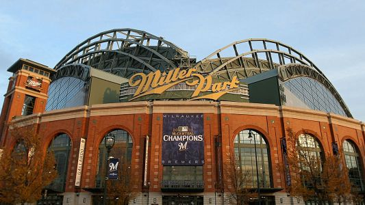 Brewers' Miller Park to be renamed with American Family Insurance sponsorship, report says