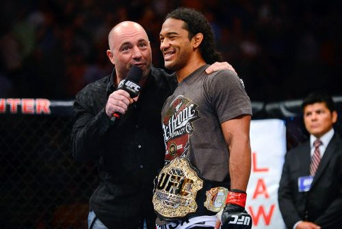 After fighting out contract, Benson Henderson signs new deal with Bellator