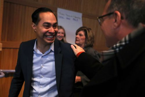 Julián Castro, Obama housing chief, launches 2020 campaign during San Antonio rally