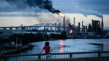 Refineries Across America Could Create Catastrophic Acid Clouds. It Almost Happened In Philly