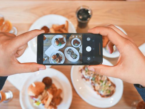 I'm a food stylist and I create mouthwatering dishes for the camera - here are my best tips for taking your food photos to the next level