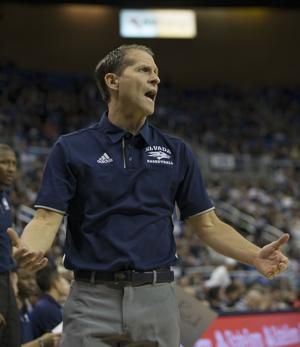 No. 6 Nevada dominates Little Rock, 87-59