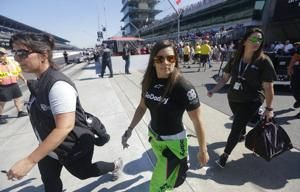 Danica Patrick gets ready for her last lap at Indy