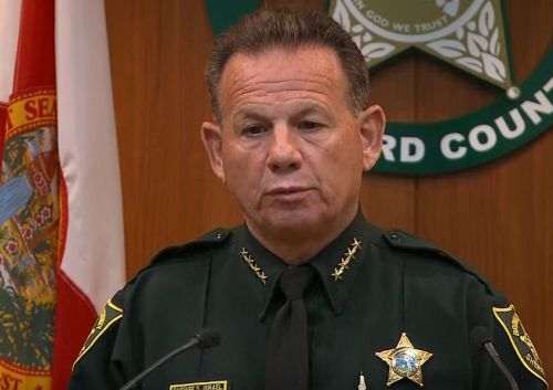 Broward County Sheriff: Deputies will carry rifles on school grounds