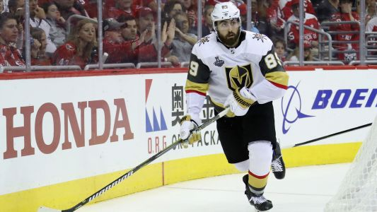 Golden Knights sign RW Alex Tuch to 7-year extension