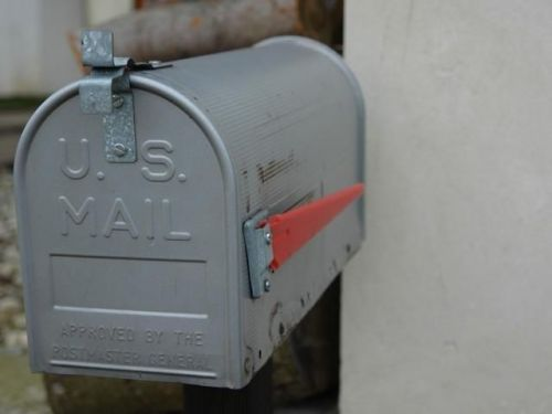 Identity thieves able to redirect packages via post office