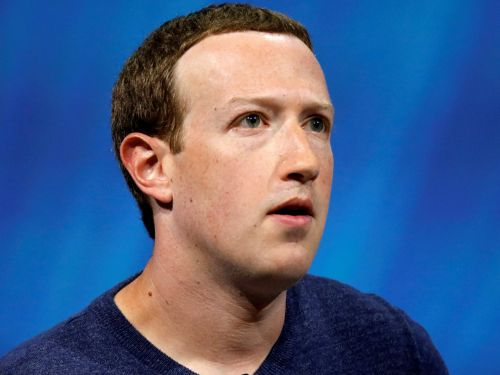 Powerful Facebook investors just co-filed a proposal to take down Mark Zuckerberg as chairman