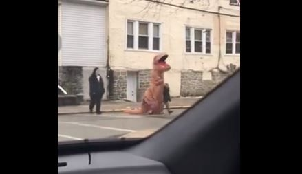 Police give the all clear after report of 'dinosaur on the loose'