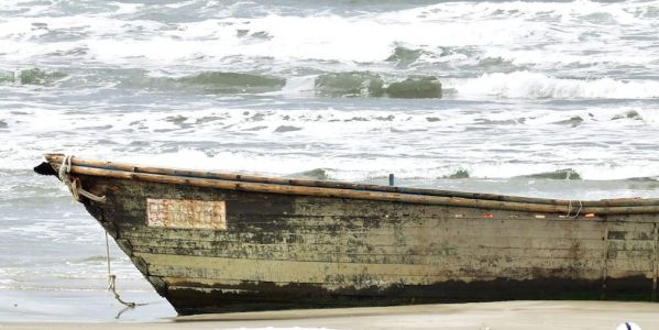 Another North Korean ghost ship, with seven bodies on board, has washed ashore