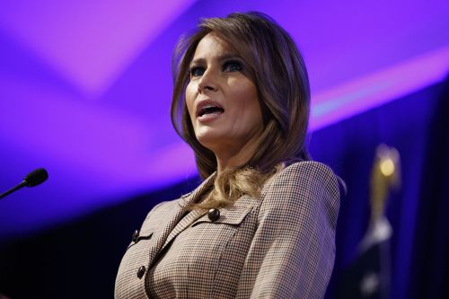 Melania Trump promotes wearing face masks. Her husband, not so much
