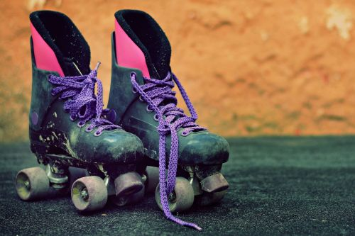 'Visibly intoxicated' roller skater injured me at the rink: suit