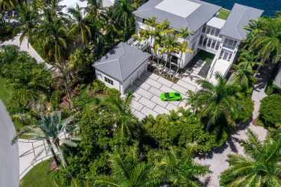 Ex-NFLer to list $18.5M waterfront Miami mansion