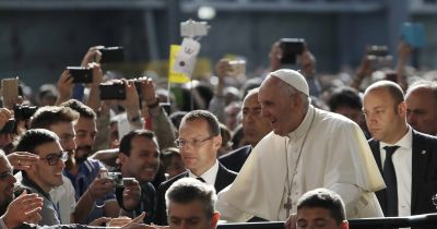 Pope denounces speculators in visit to industrial workers