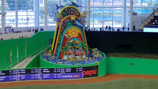 Miami-Dade County approves Marlins' plan to move home run structure outside stadium