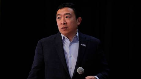 Andrew Yang announces $1bn universal basic income & 'TikTok hype houses' in his bid to become NYC mayor