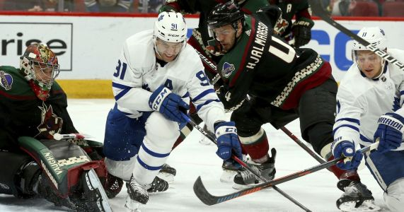 Coyotes knock off Maple Leafs 2-0 in Matthews' return