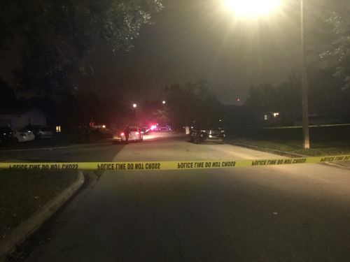 Woman shot while walking in Orlando, police say