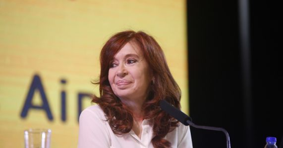 Argentina: Fernández in court for first corruption trial