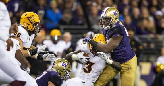 UW's Levi Onwuzurike has a chance to be 'something special,' and he's starting to realize it