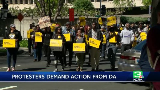 Petition delivered to DA calls for officers in Stephon Clark's shooting to be charged