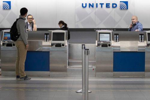 United Airlines lost $7 billion in 2020, and burned through $33 million per day in the fourth quarter. It says 2021 will be a 'transition year' that prepares it for recovery