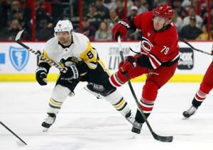 Hurricanes beat Penguins 3-2 in shootout