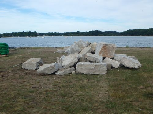 Portsmouth toddler recovering after getting stuck in rocks