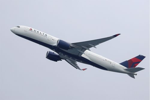 Peeing passenger on Delta flight identified as pastor from North Carolina