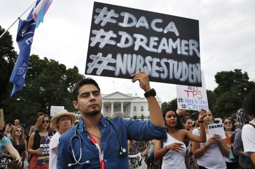US must continue accepting new DACA applications, says federal judge