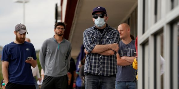 5 economic statistics that show the financial devastation of the pandemic for average Americans