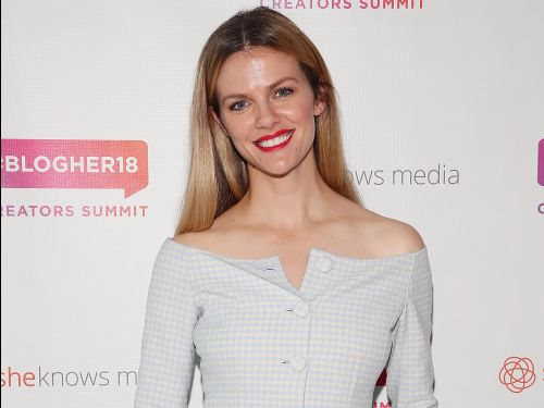 Model Brooklyn Decker just cut off a bunch of her hair - and now it's a peachy rose