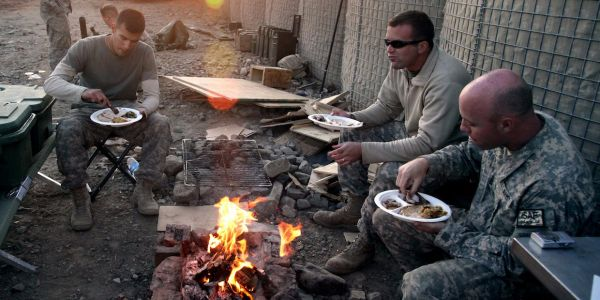 See how members of the US military celebrate Thanksgiving in warzones