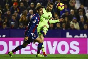 Messi-powered Barcelona looking like a true champion
