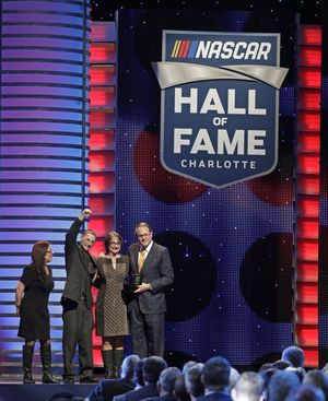 Truck Series champion Ron Hornaday Jr. makes Hall of Fame
