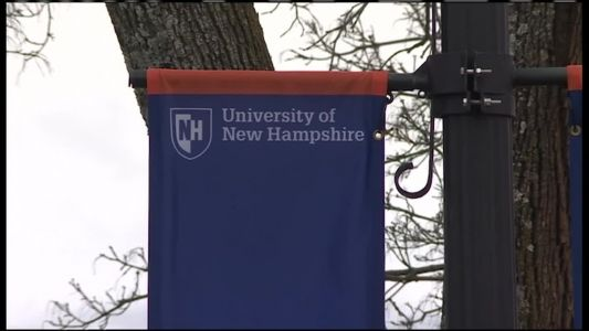 Police: Robbery suspect runs off when UNH student shows knife