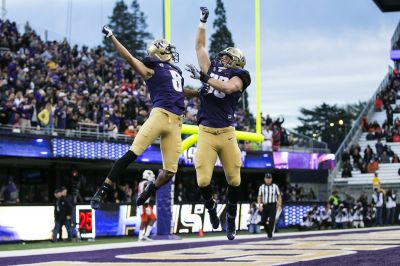 Huskies rise to No. 4 in AP poll, open as an 11-point favorite vs. No. 17 Utah