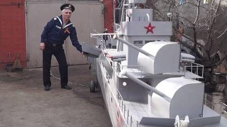Need a bigger boat: Navy veteran builds massive replica of vessel he served on