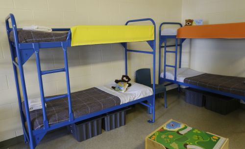 Trump administration seeks expansion for immigrant family detention