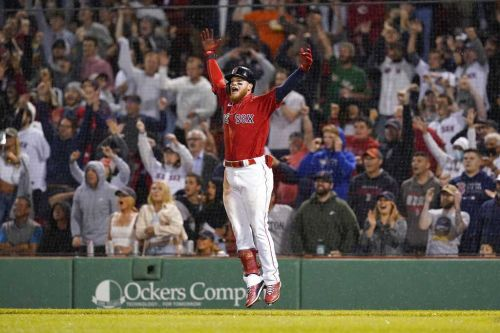 Comeback kids: Verdugo, Red Sox rally from 4 down in 9th