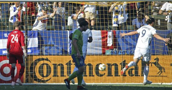 Sounders lose second consecutive game following record win streak