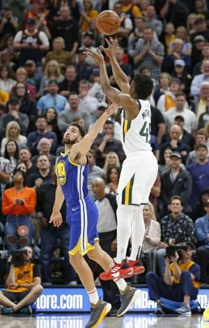 Jerebko, Durant lead Warriors past Jazz 124-123