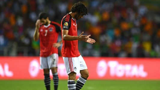 EXTRA TIME: Salah, Elneny lead tribute to victims of Egypt mosque attack